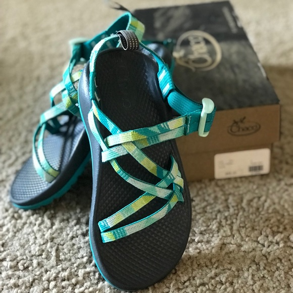 801b639bfd69 ✨Chaco ZX1 Ecotread Girls Sandal ✨
